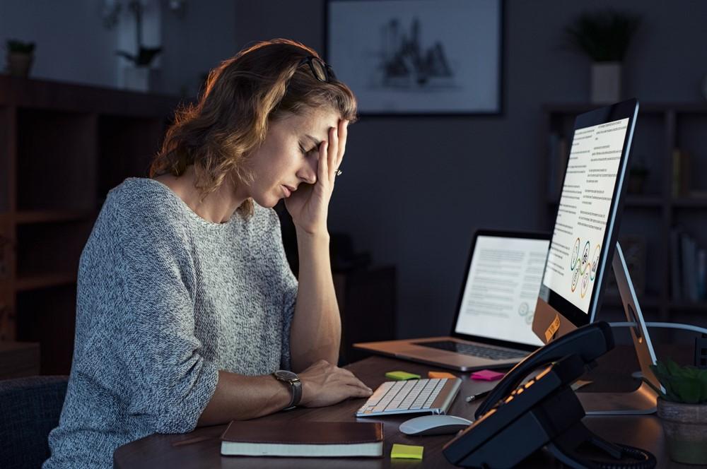 O estresse pode prejudicar a saúde bucal? Sim!